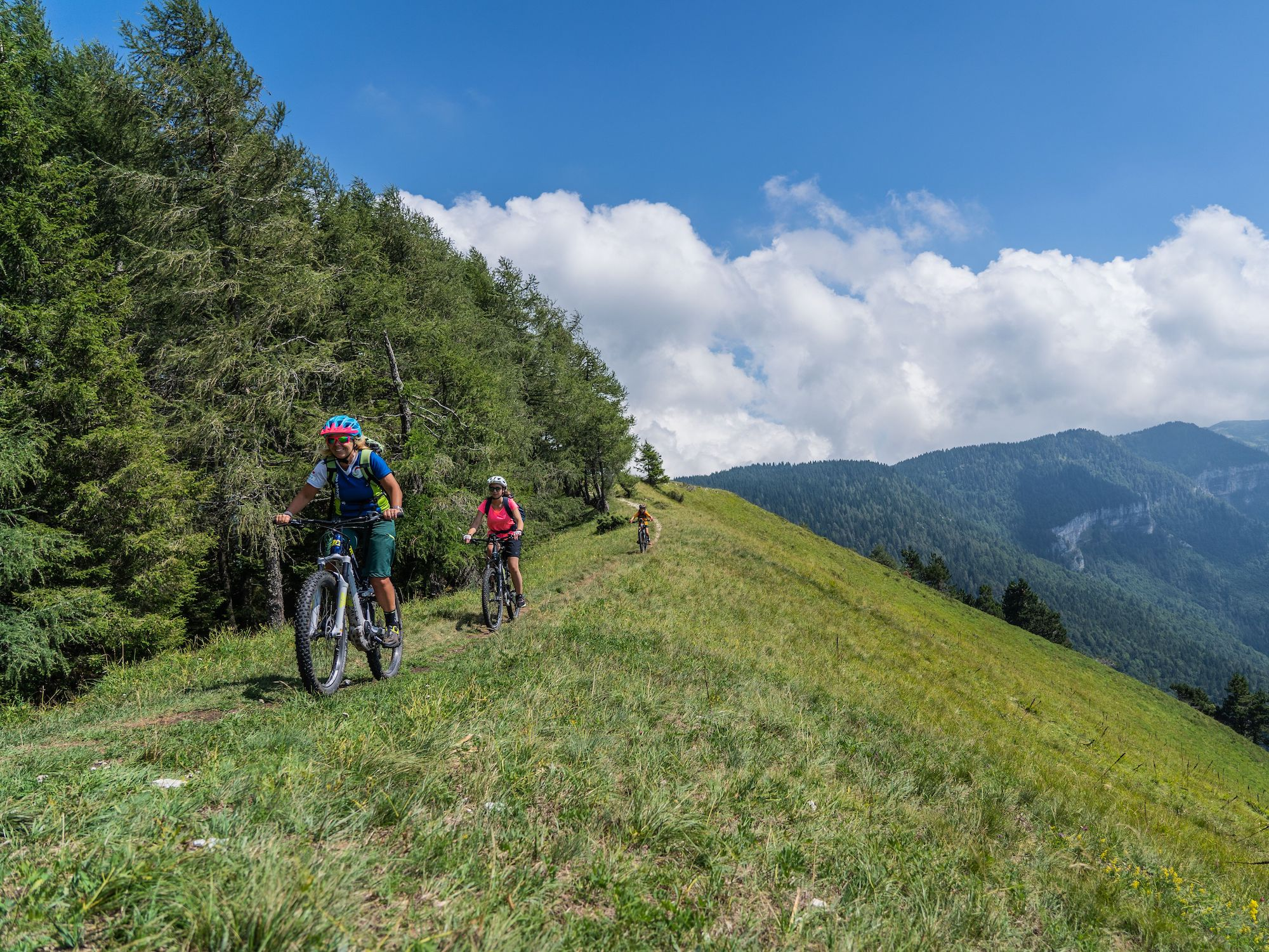 In bici sull'Alpe Cimbra